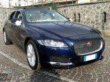 Noleggio Jaguar XF modello 2016 Matrimoni Cerimonie Eventi Napoli desimoneweddingservice