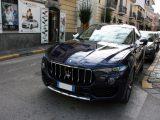 Noleggio Maserati Levante blu per Cerimonie Napoli (2)