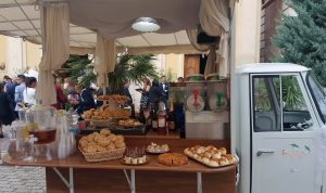 servizio aperitivo con apecar per cerimonie matrimonio eventi napoli de simone wedding service (8)