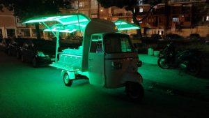 Noleggio Ape Aperitivo per feste serali promessa di matrimonio Napoli (1)