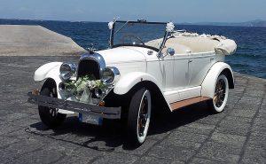 auto-sposi-napoli_auto-per-cerimonie_matrimonio_autonoleggio_desimoneweddingservice_38 (2)