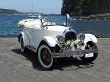 auto-sposi-napoli_auto-per-cerimonie_matrimonio_autonoleggio_desimoneweddingservice_53 (2)