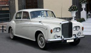 auto-sposi-napoli_auto-per-cerimonie_matrimonio_autonoleggio_desimoneweddingservice_59.jpg.JPG