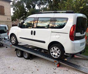 noleggio carrello appendice per trasporto auto e cose (1)
